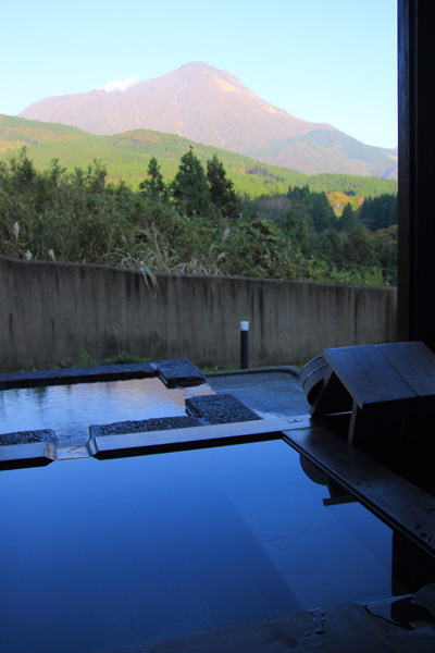 一壷天 伽羅 部屋付き露天風呂